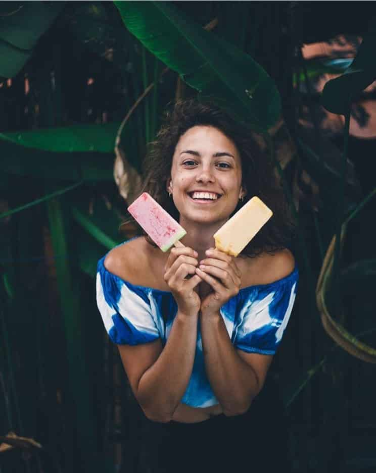 @caiirose happy girl with organic popsicles